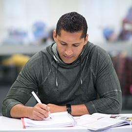 EnglishCourses_StudentWorking270x270.jpg