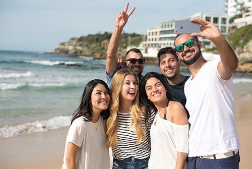 Making-Friends_About-Sydney_500x335.jpg